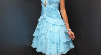 Как найти выпускное платье
