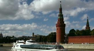 Как покататься по Москве-реке