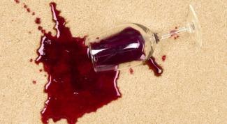 Как отмыть пятно от вина