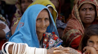 What residents of Pakistan sentenced to death