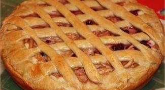 Как приготовить сладкий пирог «Ягодка»
