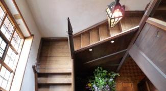 Как устанавливать лестницы для дома