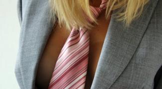 Как выбрать галстук женщине