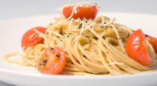Как приготовить спагетти с помидорами и сулугуни
