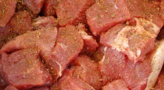 Как приготовить свинину с квашеной капустой по-болгарски