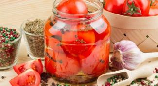 Как сделать маринованные помидоры