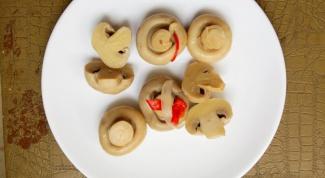 Как приготовить грибы с пряностями и уксусом