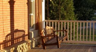 Как сделать из балкона летнюю веранду