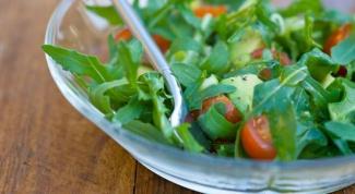 Как сделать салат с рукколой