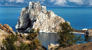 How to go to Baikal in summer