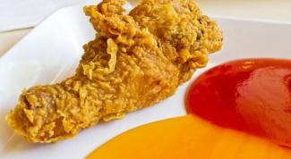 Как запечь курицу в духовке с травами