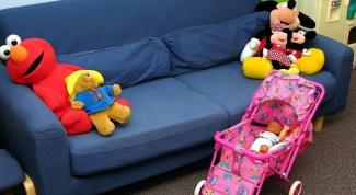 сделать коляску для кукол
