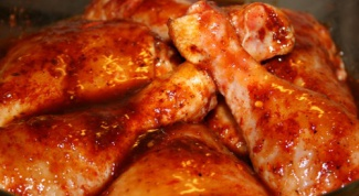 Как приготовить куриные окорочка с яблоком и медом