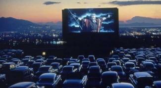 Где посмотреть кино под открытым небом в Москве