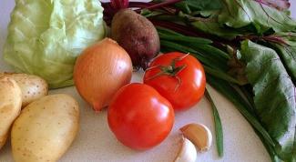 Как приготовить овощной суп со свекольными листьями