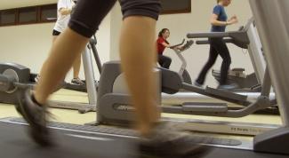 How often should I take breaks between workouts