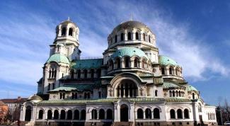 Почему Болгария удваивает число выданных виз