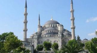 Почему Турция грозит отменить безвизовый режим с Россией