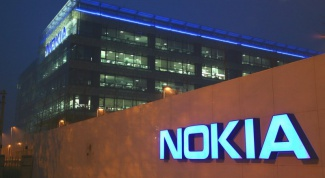 Почему Nokia несет такие убытки
