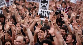 Почему протестуют в Испании