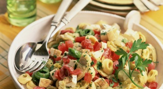 Как и из чего готовить недорогие салаты
