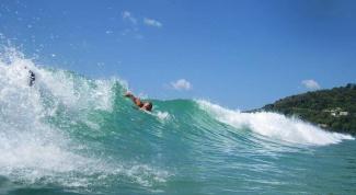 Как научиться плавать при больших волнах