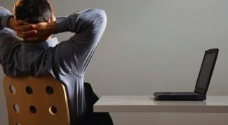 Ноутбук: отключать аккумулятор или нет?