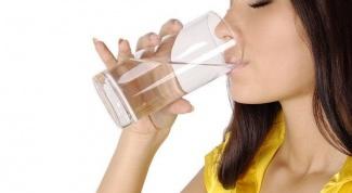 7 советов о том, Как пить воду, чтобы похудеть