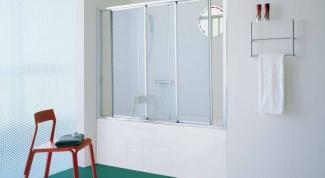 Экран для ванны из стекла