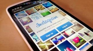 How to upload photos in instagram