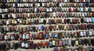 Как молиться в исламе