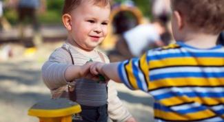Как должен вести себя ребенок