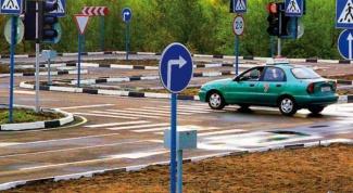 Как выполнять упражнения на автодроме