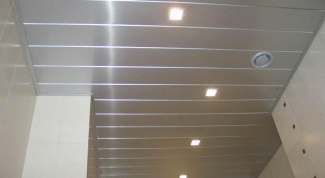 Уроки ремонта: какой потолок в ванной не протекает