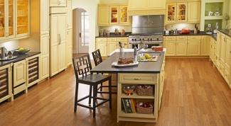 Какой ламинат лучше для кухни