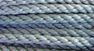 Decorative jute rope for the interior