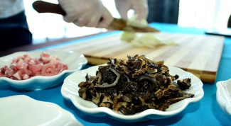 Как приготовить скоблянку из кукумарии?