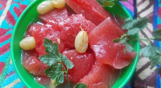 Как солить арбузы в бочке