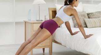 Как накачать женщинам мышцы груди