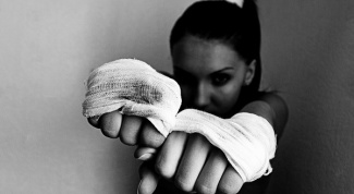 How to learn self defense at home