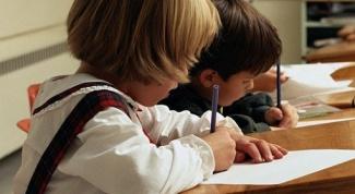 Как научить ребенка писать буквы