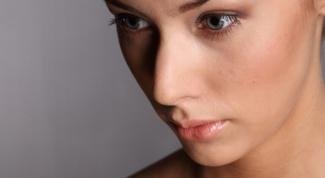 Как избавиться от черных точек, если кожа сухая