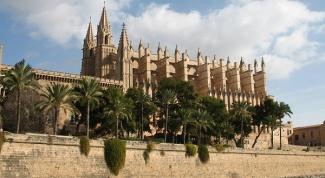 Куда поехать в Испании