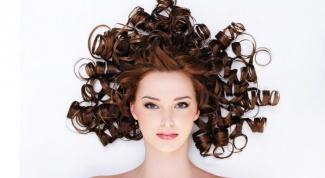 Как можно завить волосы