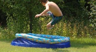 Как установить надувной бассейн