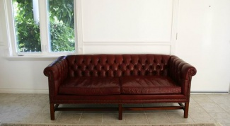 How to withdraw stain from leatherette