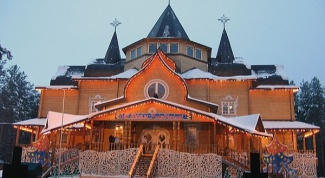 Where to go to relax in the winter in Russia