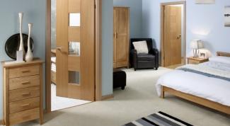 Как установить деревянные двери