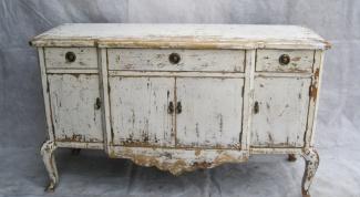 Куда сдать старую мебель