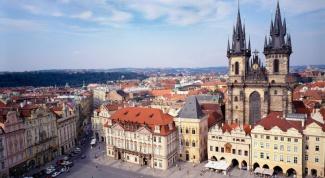 Какая нужна виза в Чехию